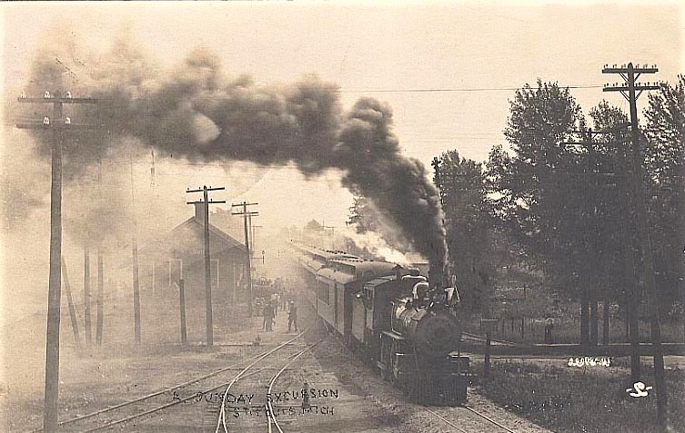Excursion Train at St. Louis. MI